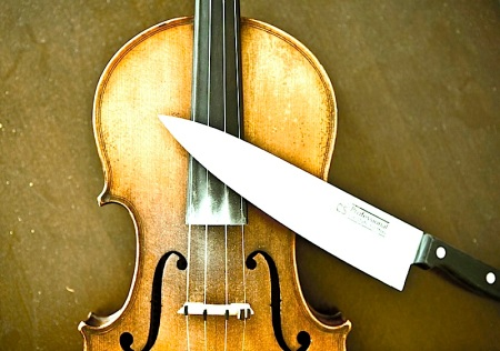 violin_knife_ak